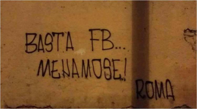 """""""Basta Facebook"""" vista da un romano"""
